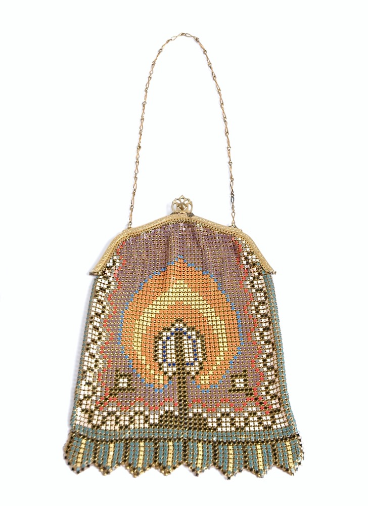 1920s Whiting & Davis enameled mesh purse