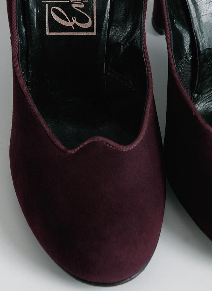 1940s Enzel of Paris plum burgundy suede pumps