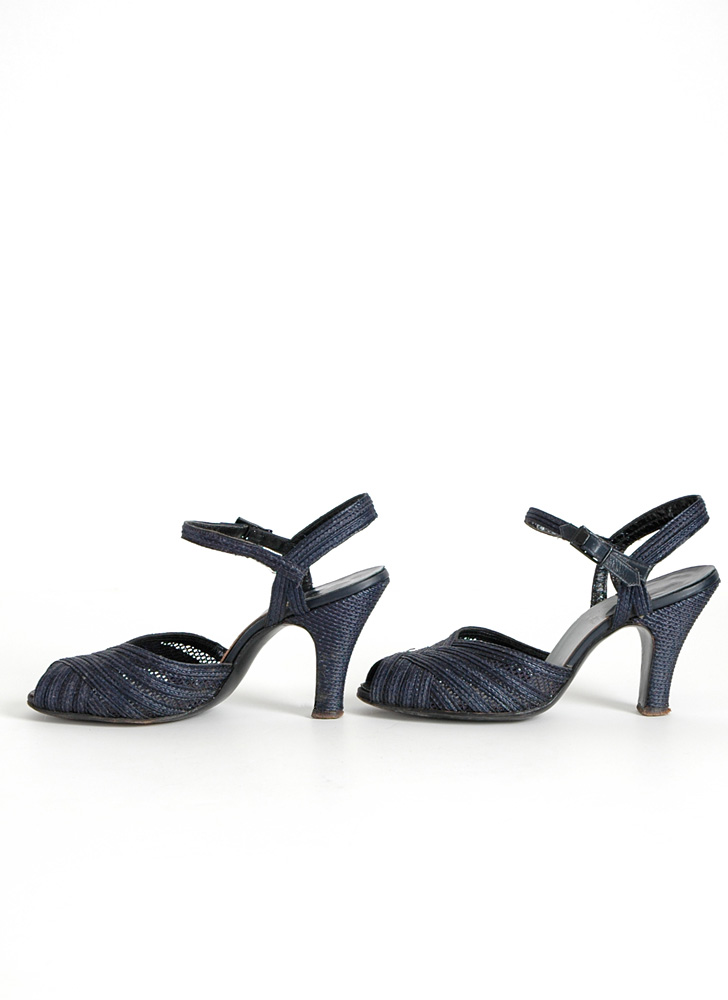 1940s 50s Air Step dark blue woven heels
