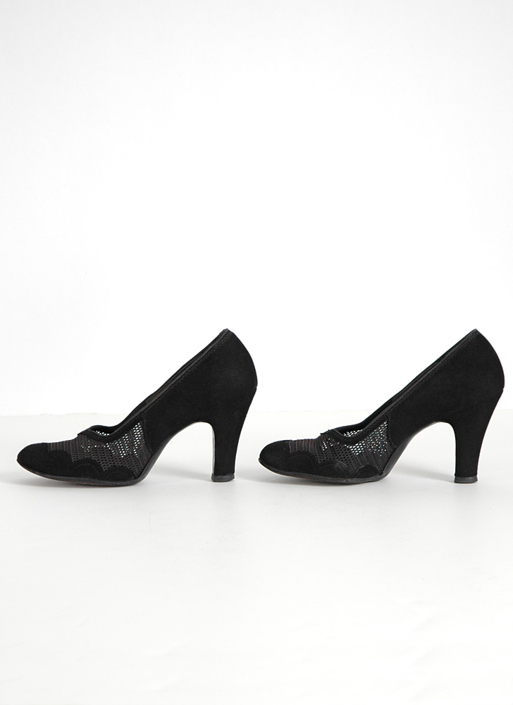 1940s black suede + net Air Step pumps 6 1/2AAA (sole wear)