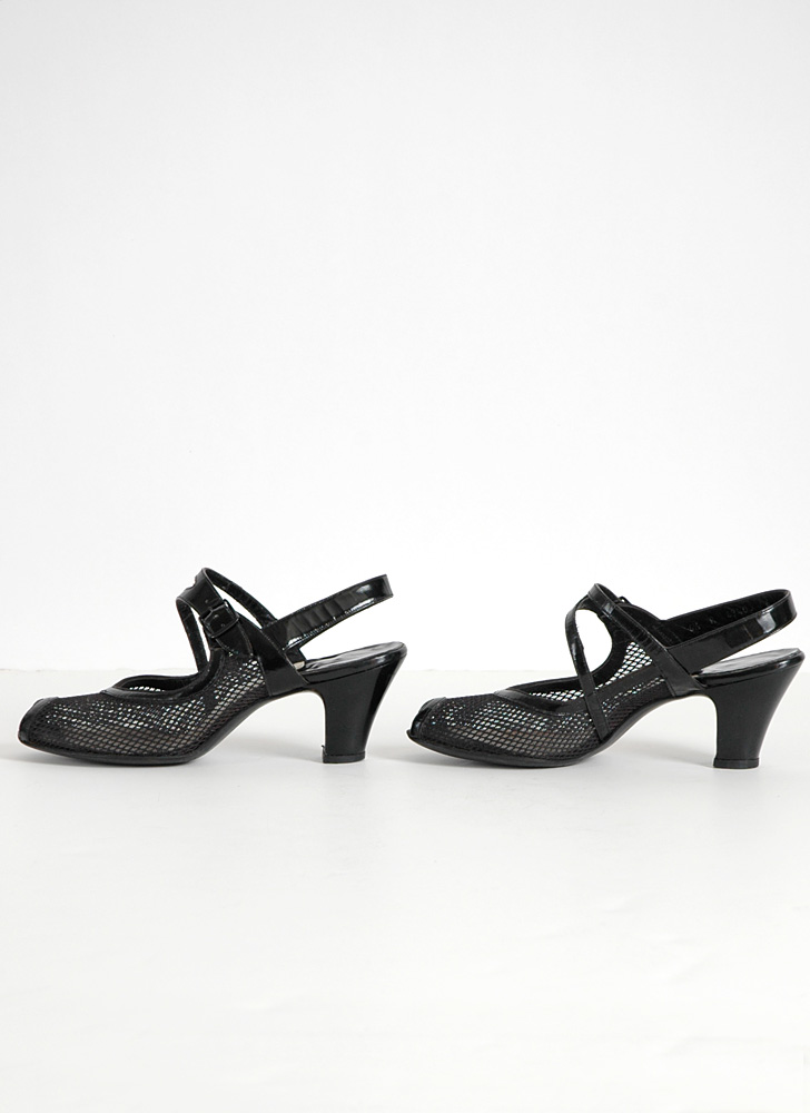 1940s black strap Air Step heels