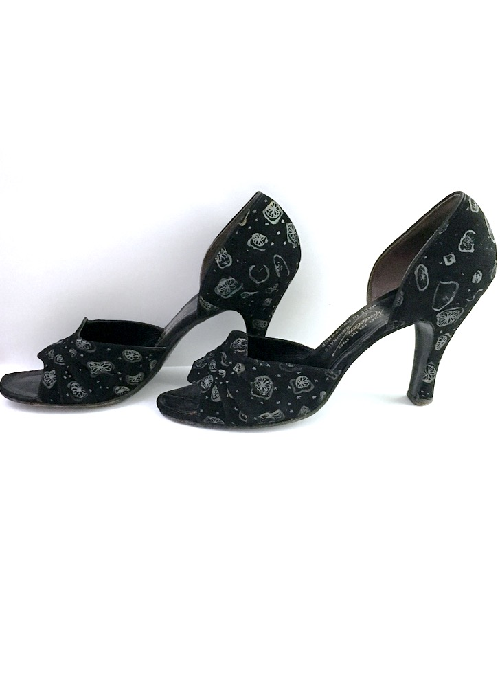 1940s Madelon Hollywood printed suede heels