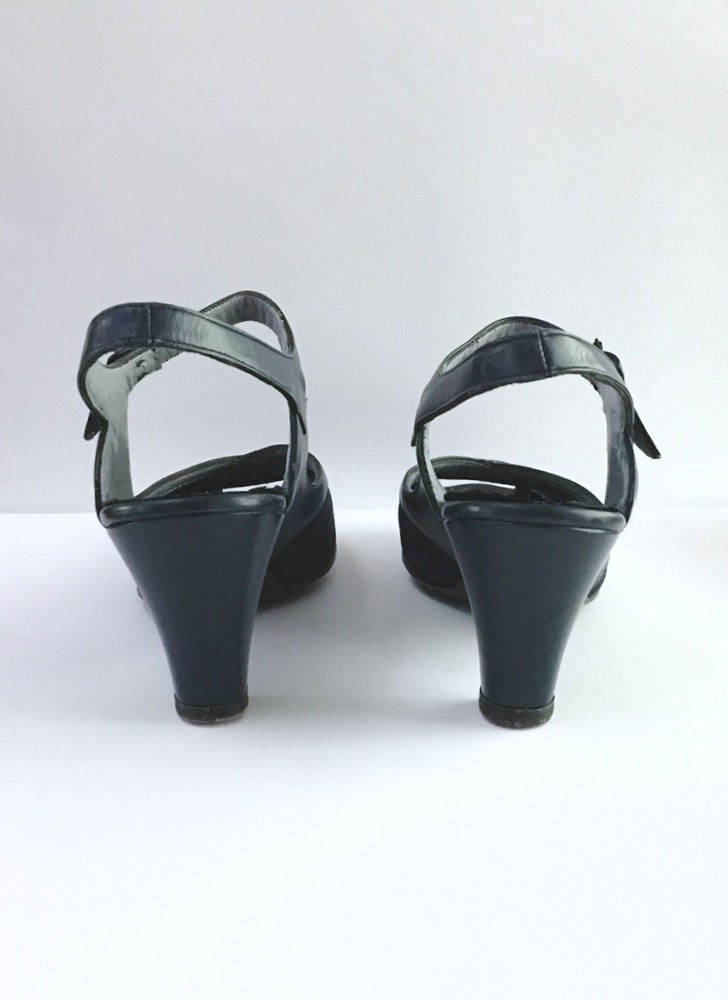 1940s British Walkers blue ankle strap heels