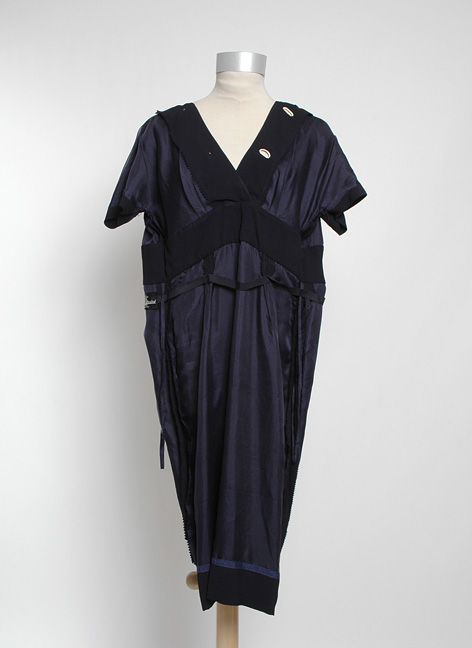 1950s OLEG CASSINI crepe dress with buttons