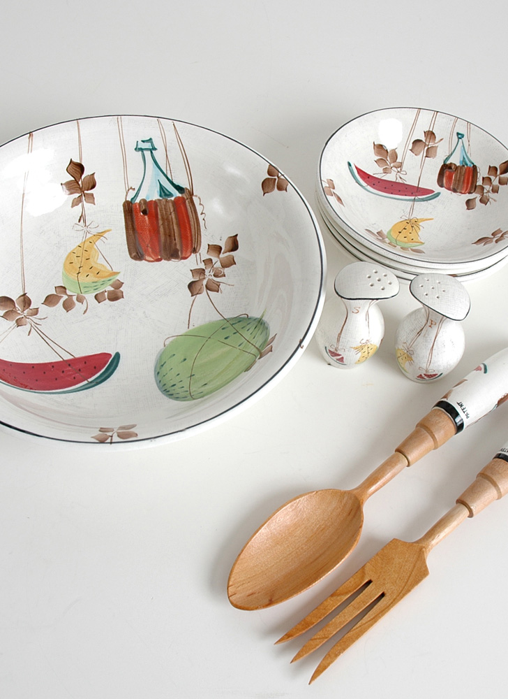 mid-century Royal Sealy Jamaican salad set