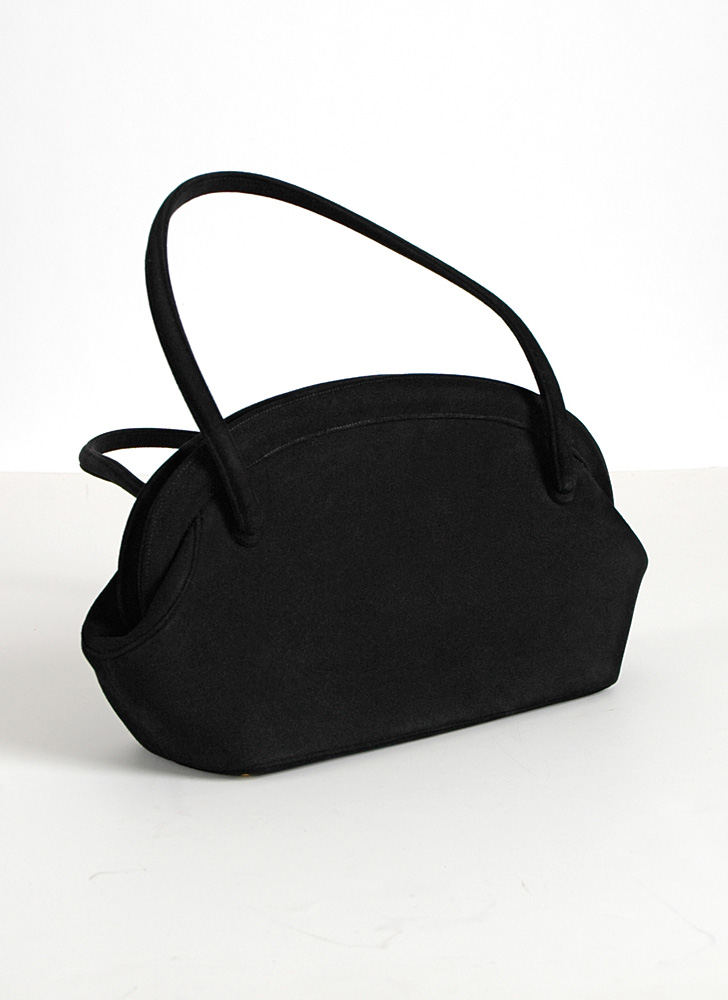 1950s Nettie Rosenstein black suede purse
