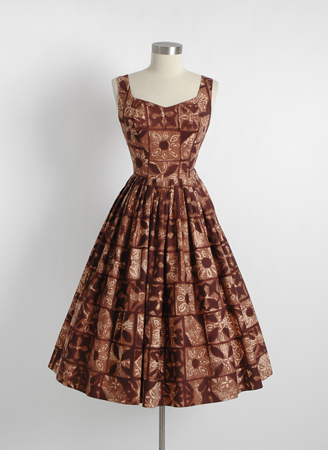 1950s brown Hawaiian tiki dress