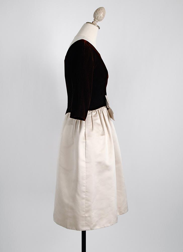 1950s Mollie Parnis Silk Velvet Dress Repair Project