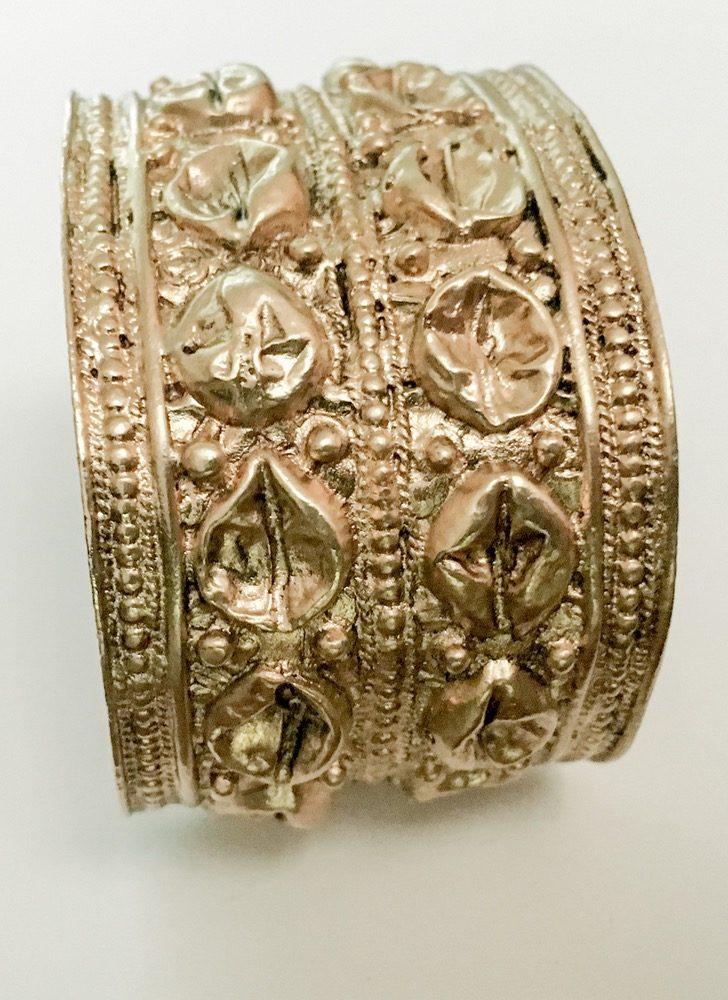 1950s 60s antiqued goldtone cuff bracelet