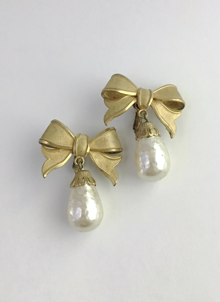 1950s Haskell-like bow + Baroque pearl earrings