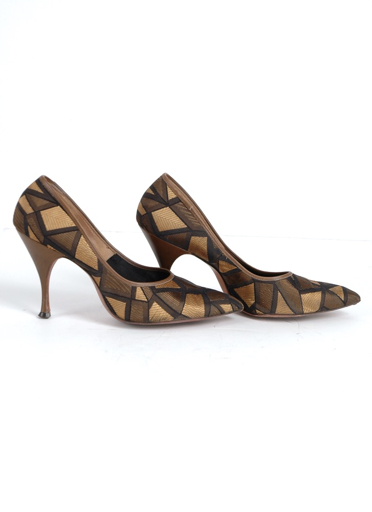1950s Tweedies gold black stiletto heels 7B