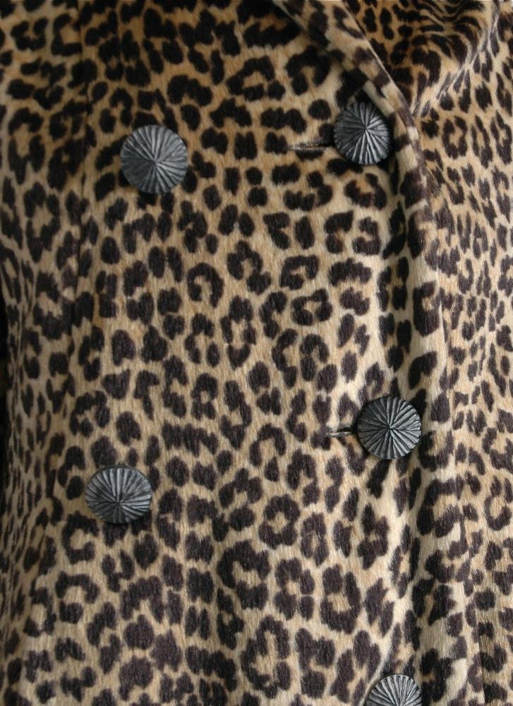 1950s 60s faux leopard fur coat m/l