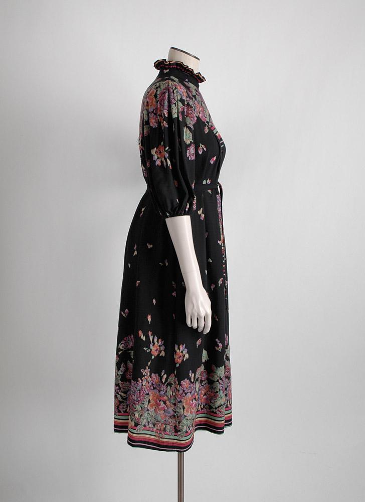 1970s abstract print black rayon dress