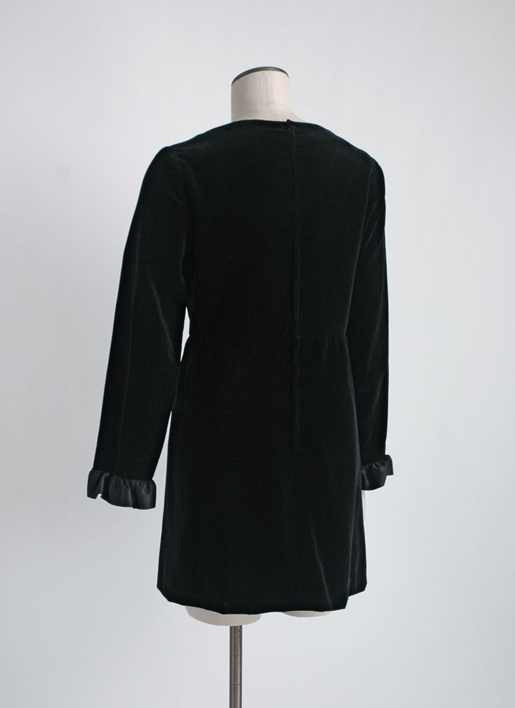 1960s GIVENCHY NOUVELLE velvet dress