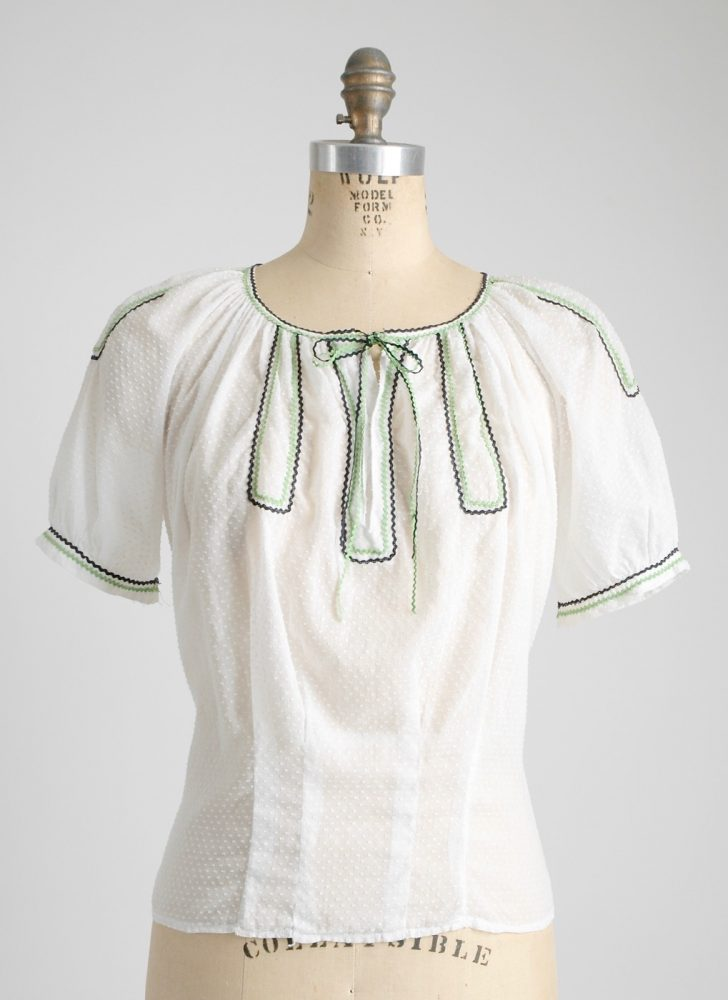 adorable 1930s cotton Swiss dot blouse with green + black rickrack trim