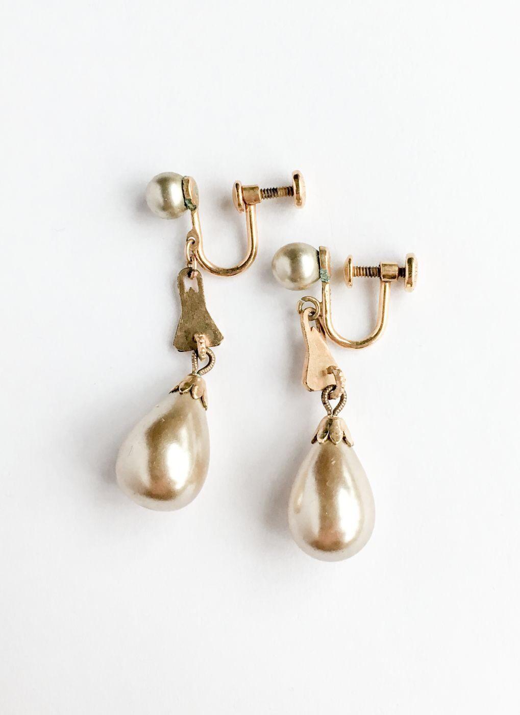 1930s 40s Heisey pearl drop earrings