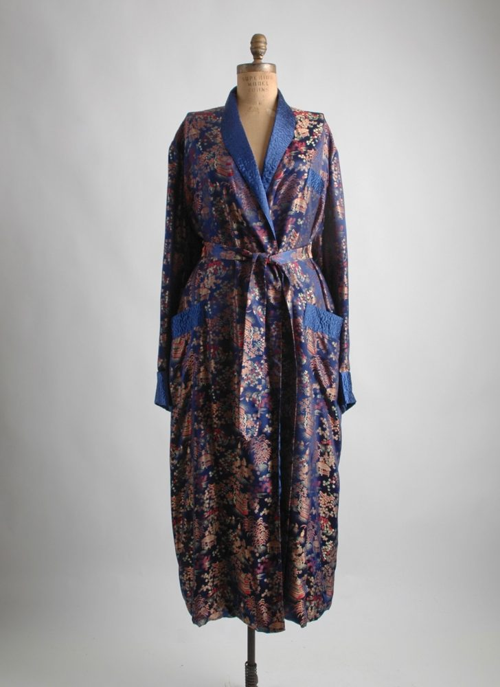 1950s 60s blue Chinese silky robe