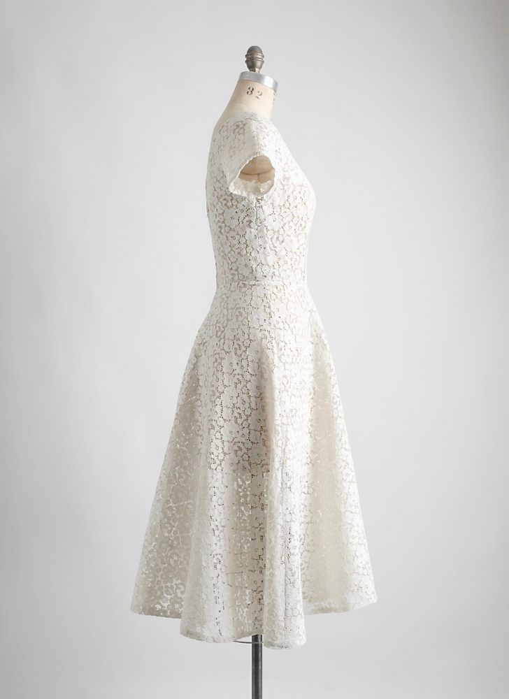 1950s cream cotton lace dress lined with tulle