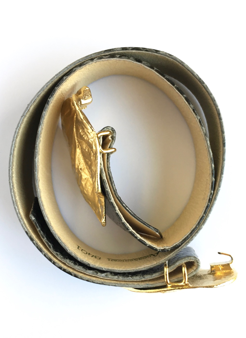 1980s Mimi di N gold leaf buckle belt