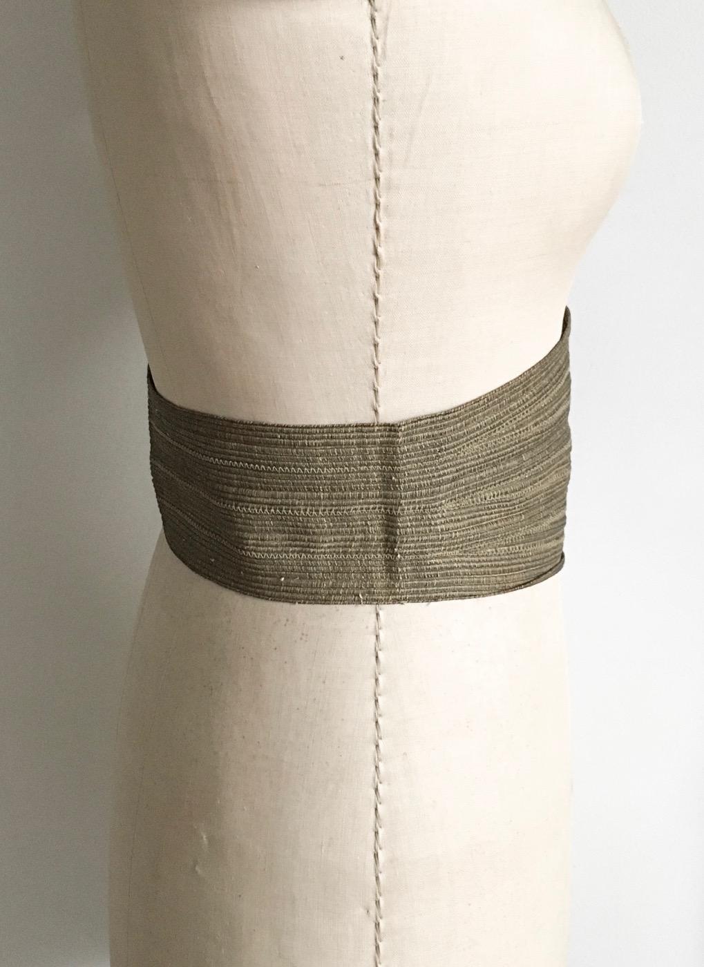 1940s-50s-woven-brass-metal-thread-hook-eye-belt