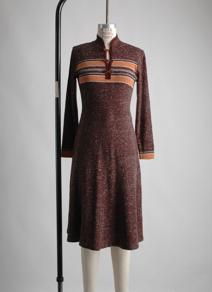1970s Mandarin collar brown knit sweater dress
