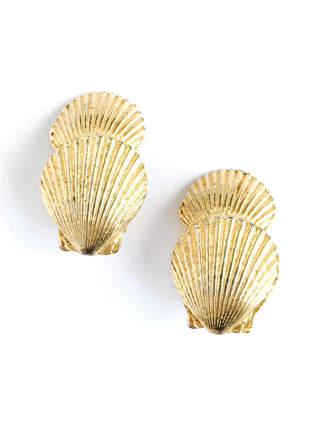 vintage Mimi di N shell earrings