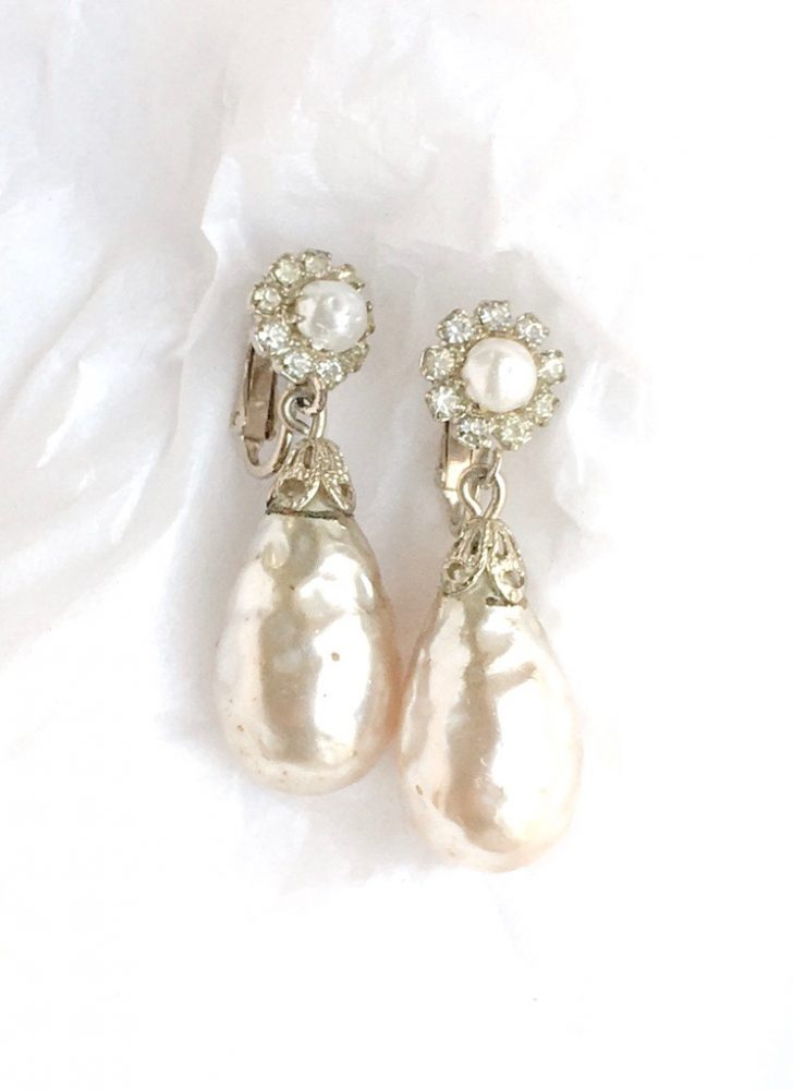 vintage Baroque pearl earrings