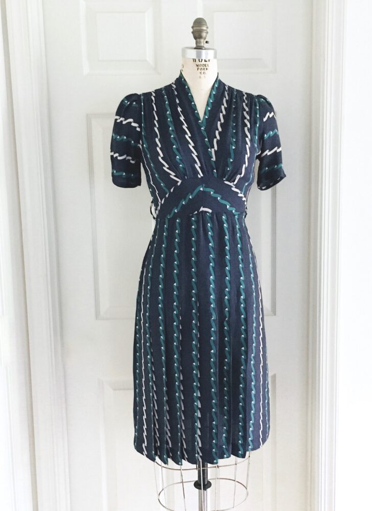 1940s 3D ribbon print gray blue wool dress (moth damage)