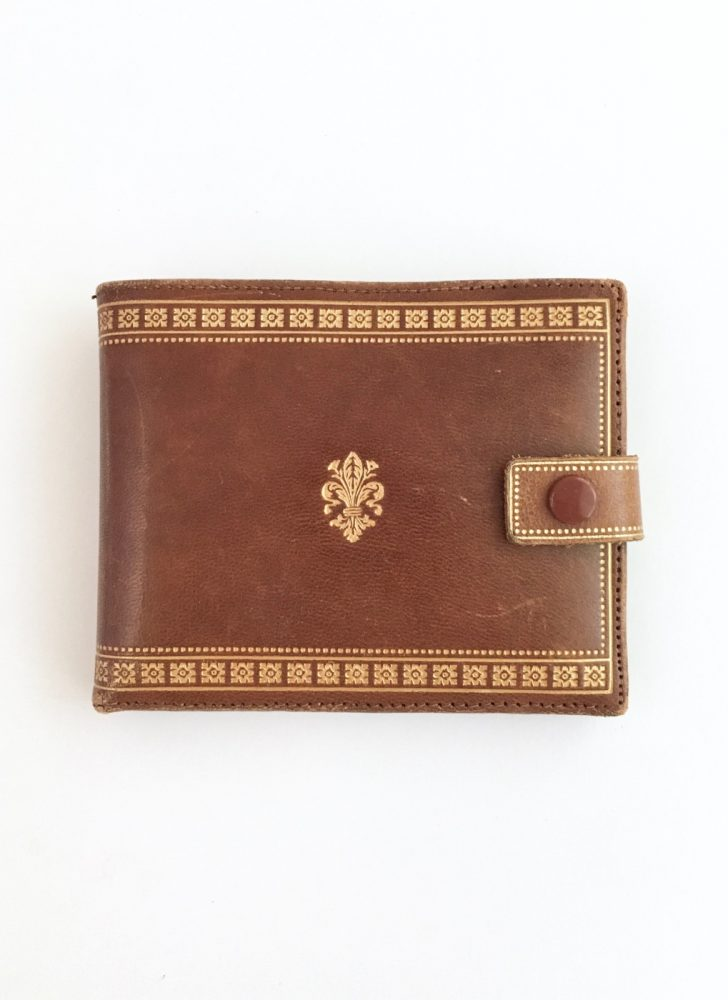 unused 1950s 60s Florentine bifold wallet with embossed gold designs