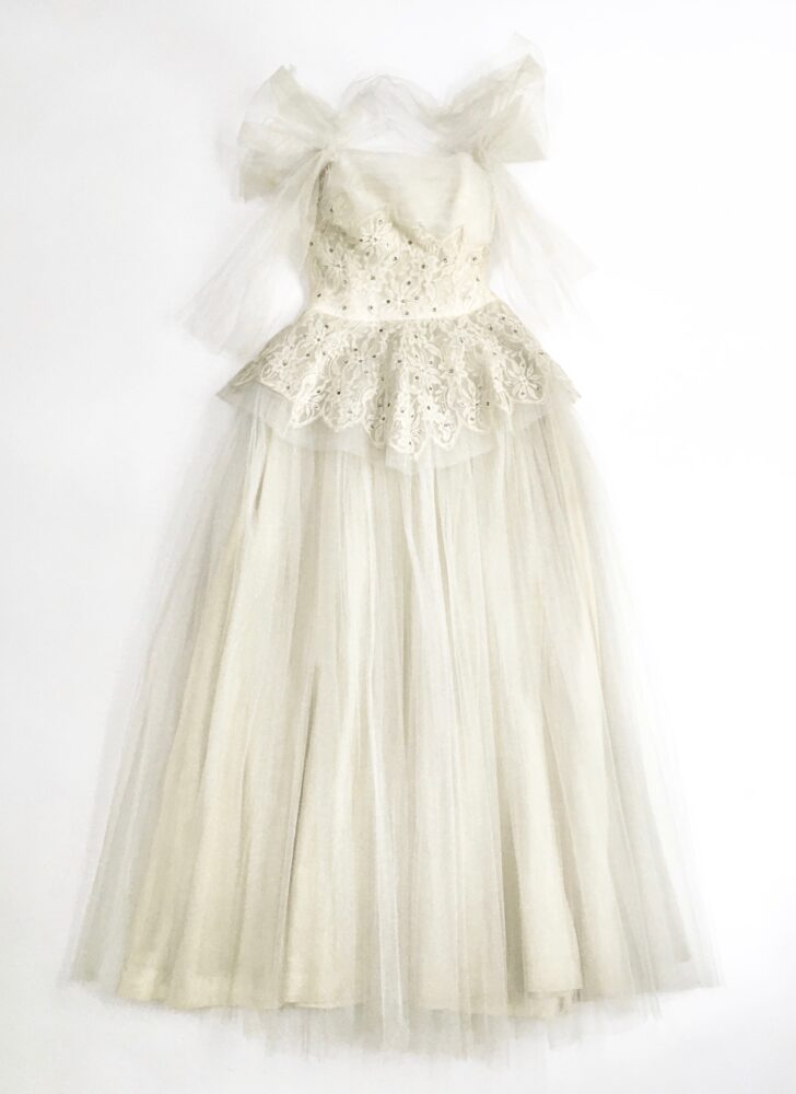 1940s 50s tulle and Chantilly silk lace evening gown (repair)