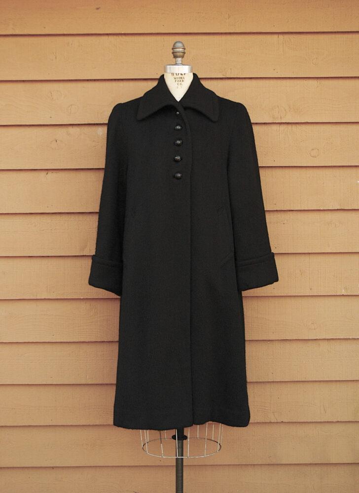 1940s 50s black wool mohair swing coat Hecht raccoon fur lining