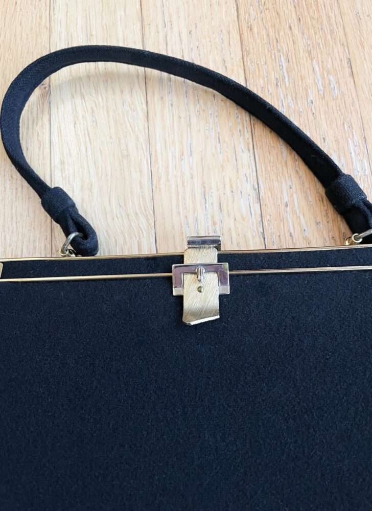 1950s 60s L and M black wool buckle clasp purse