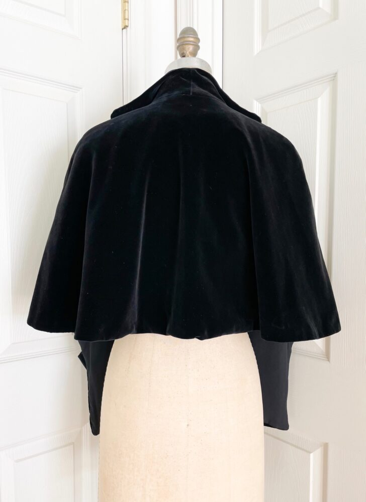 1950s black velvet cape with pockets shrug jacket