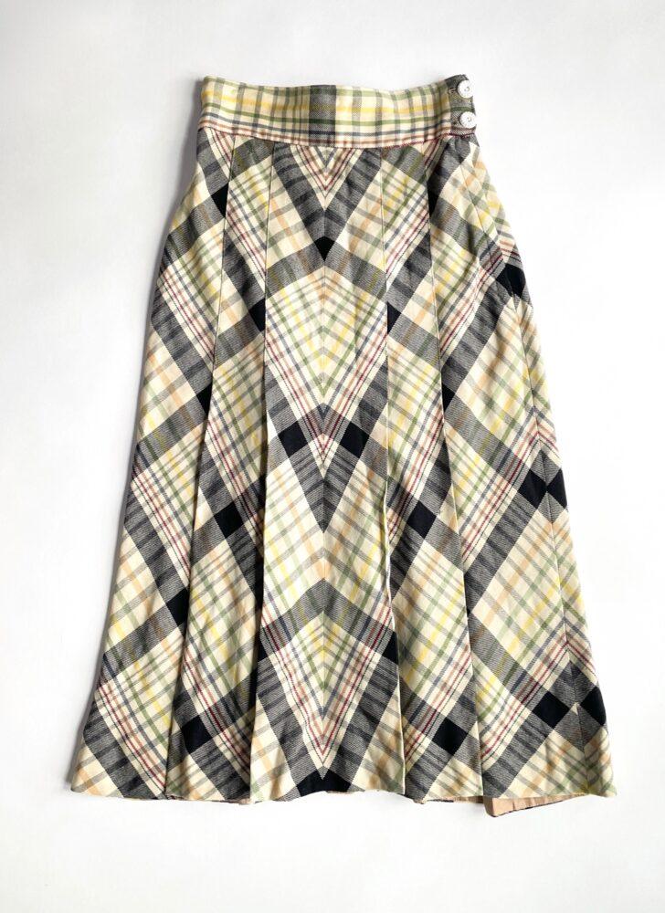 1940s pleated plaid wool flared skirt