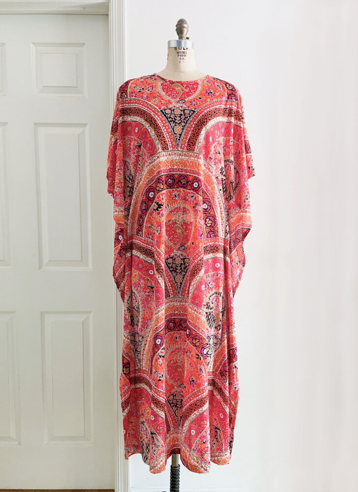 1970s abstract print nylon kaftan dress Gilead